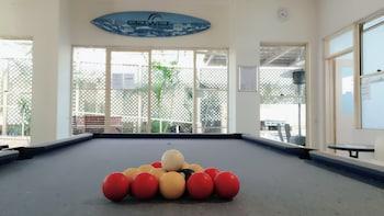 Gold Coast Backpackers - Hostel - Billiards  - #0