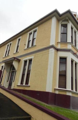 Dunedin Lodge, Dunedin