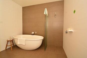 Mornington Hotel - Bathroom  - #0