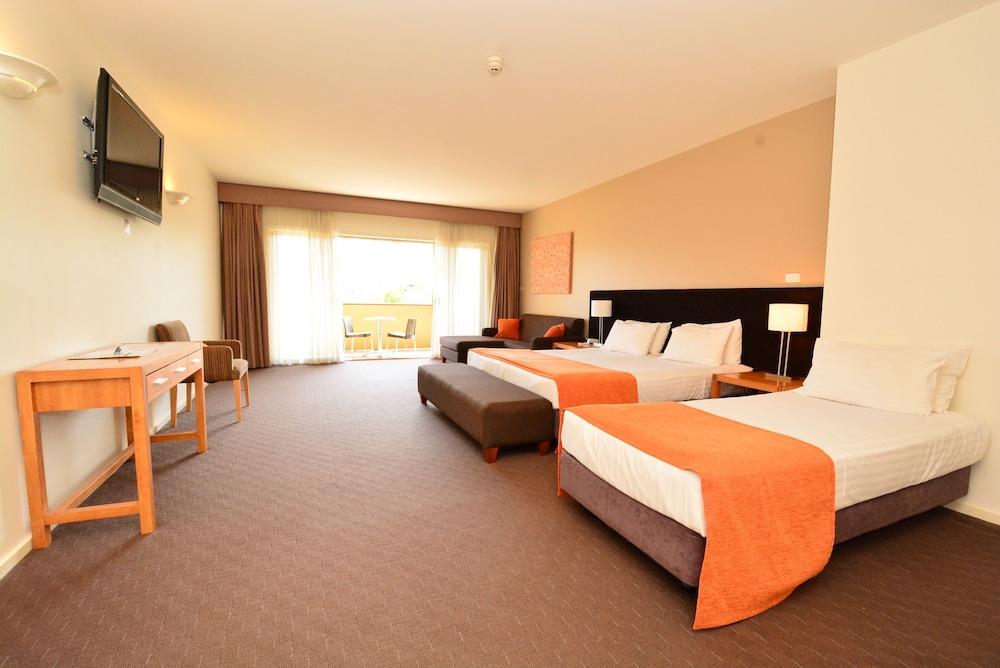 Mornington Hotel, Mornington P'sula - West
