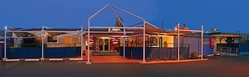 克雷爾蒙飯店汽車旅館 Claremont Hotel Motel