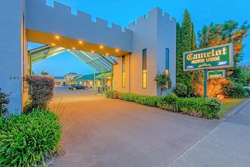 __{offers.Best_flights}__ Camelot Motor Lodge
