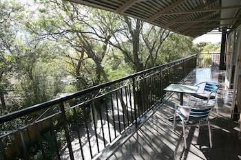 Porch at Darcys Hotel at Homebush in Homebush