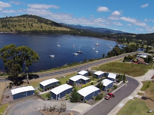 . Port Huon Cottages