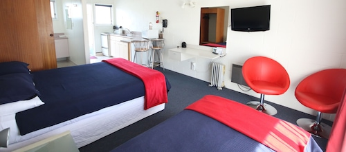 Midway Pacifica Lodge, Hutt city