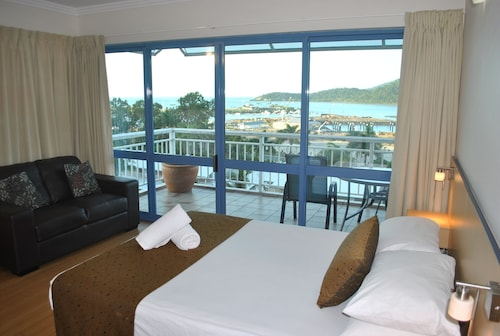Coral Sea Vista Apartments, Whitsunday