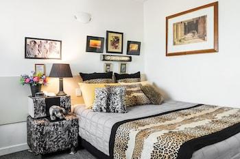 Guestroom at Riverview Motel Brisbane in Hamilton