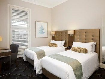 Guestroom at Royal Hotel Randwick in Randwick