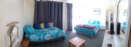 Lake Illawarra Bed and Breakfast, Wollongong Bal