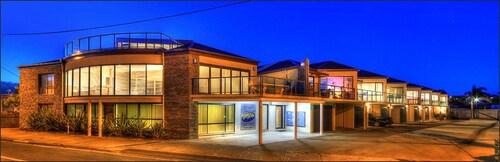 Ultimate Holiday Apartments, E. Gippsland - Bairnsdale