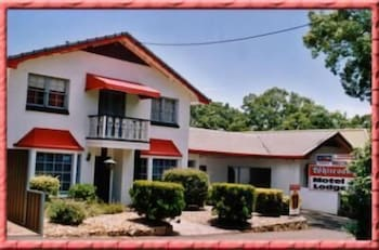 Hotel - Whiteoaks Motel