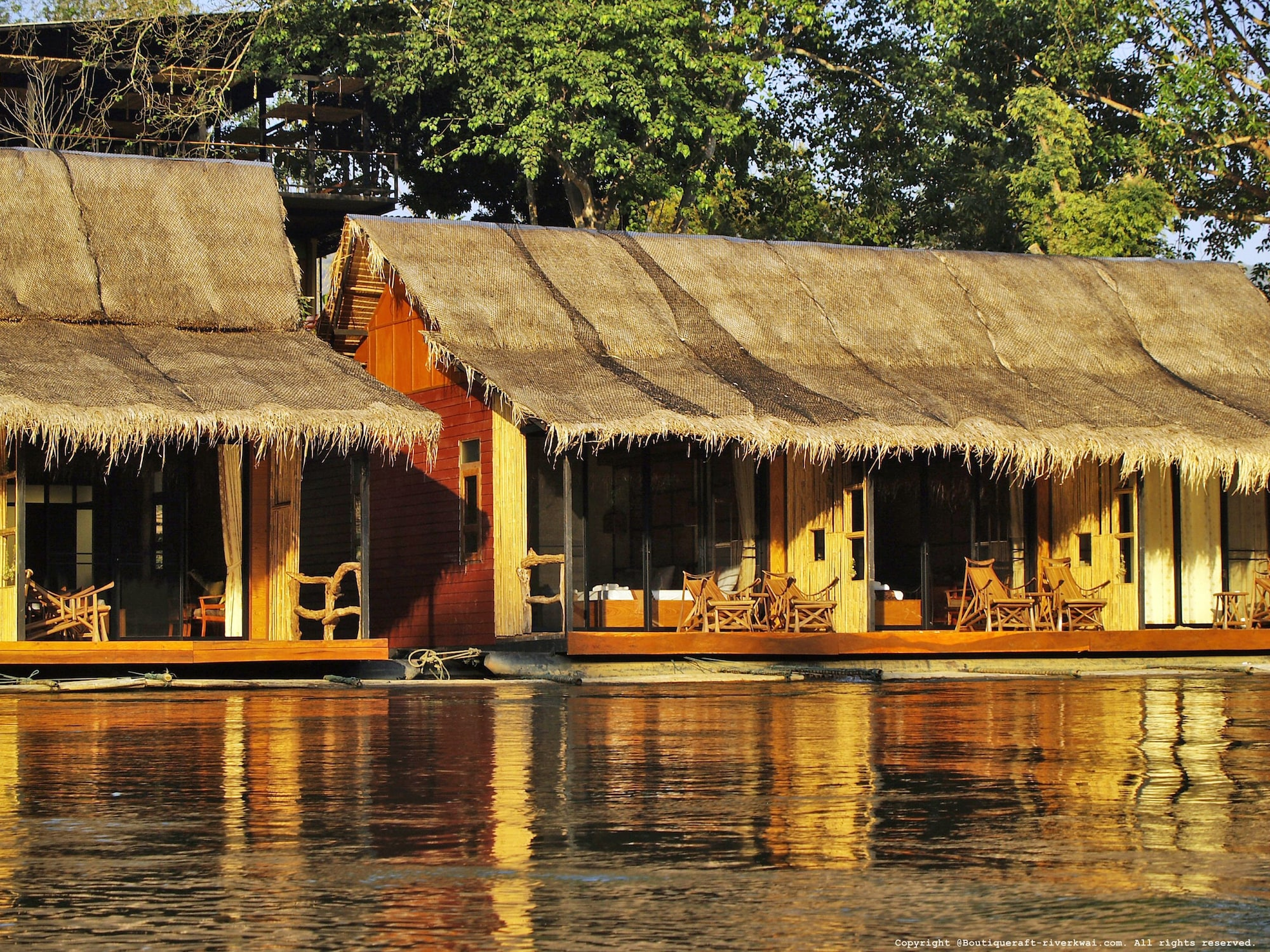 Boutique Raft Resort, Sai Yok
