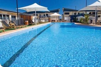布羅德沃特水手渡假飯店 Broadwater Mariner Resort