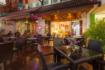 Hotel - Karon Sunshine Guesthouse & Bar