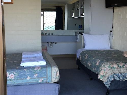 Skenes Creek Lodge Motel and Restaurant, Colac-Otway - South