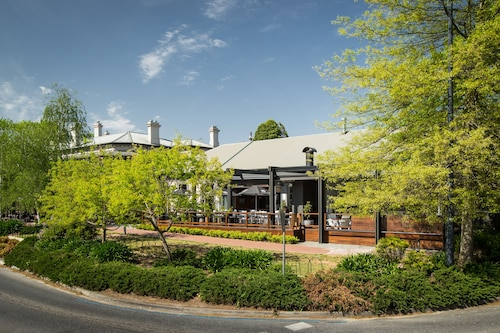 5 Rooms At The Stirling Hotel, Adelaide Hills --Central