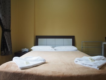 Guestroom at Central Private Hotel in Surry Hills
