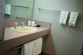 Central City Accommodation, Palmerston North - Bathroom  - #0