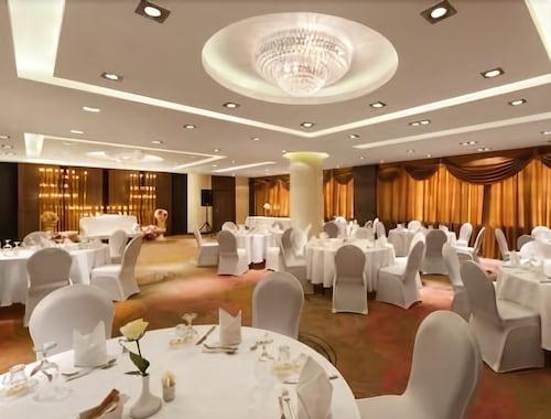 Howard Johnson Dammam Hotel,