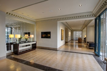 Aruga By Rockwell Makati Interior Entrance
