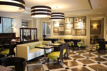 Aruga By Rockwell Makati Dining