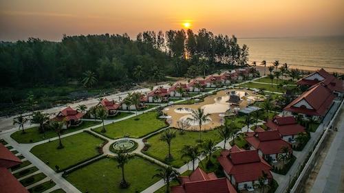 . The Sunset Beach Resort Koh Kho Khao