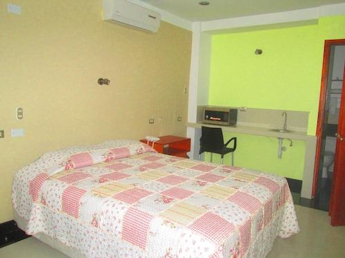 Ari's Hotel III, Maynas