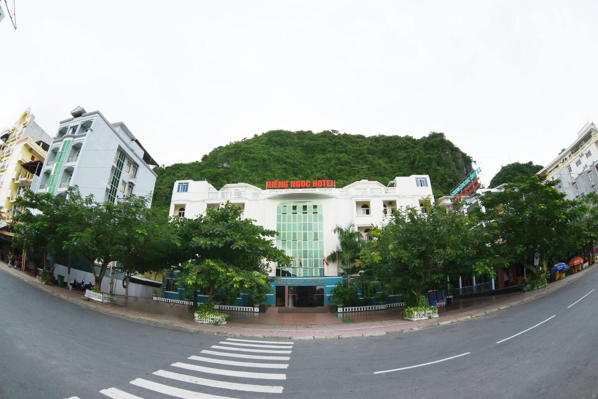 Gieng Ngoc Hotel, Cát Hải