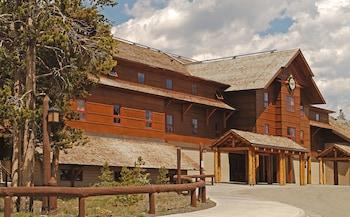 Hotel - Old Faithful Snow Lodge & Cabins - Inside the Park