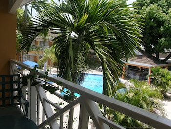 Superior Room, Pool View