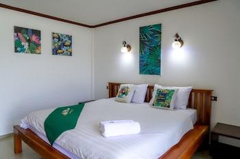 Deluxe Room (Beach)