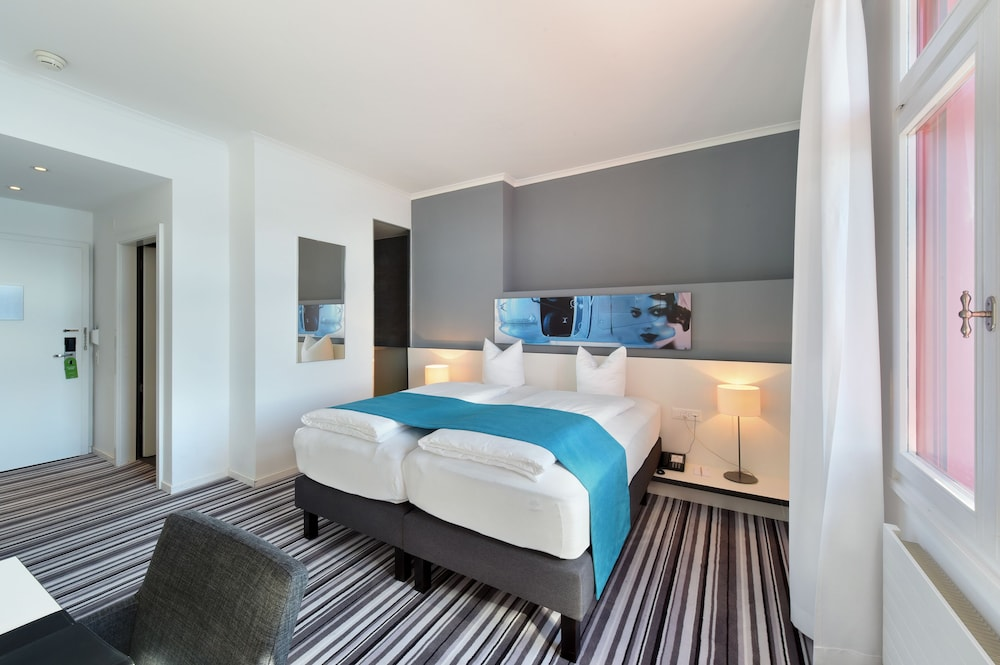 Double Room, Lake View