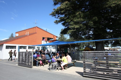 Waikanae Beach TOP 10 Holiday Park, Gisborne