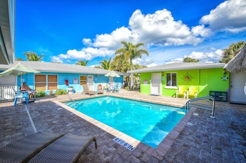 Hotel - Siesta Key Beachside Villas