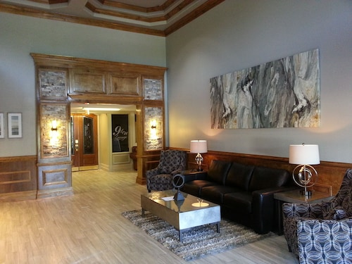 . Ashton Inn & Suites