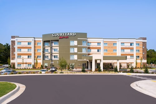 . Courtyard Hot Springs