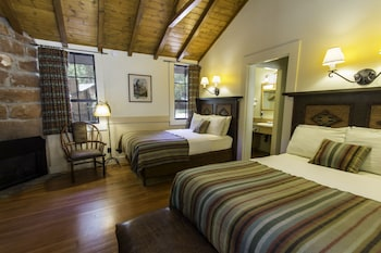 Western Cabin, 2 Double Beds