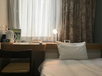 セミダブルルーム (本館) 禁煙 (ベッド幅120 cm)|小樽グリーンホテル