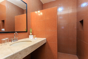 Koox Siglo 21 Corporate Aparthotel - Bathroom  - #0