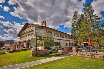 Hotel - Vasquez Creek Inn