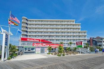 Hotel - Commander Hotel & Suites