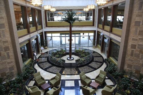 Kolin Hotel, Merkez