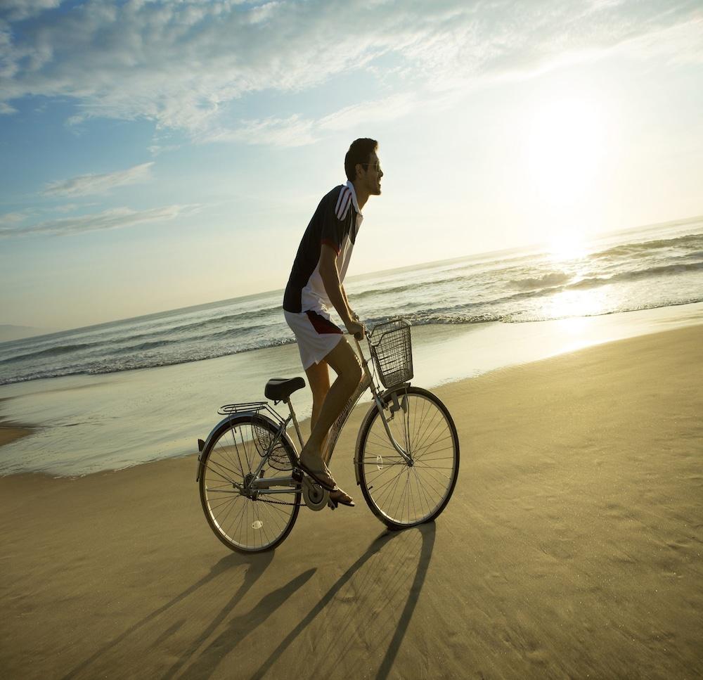 호텔이미지_자전거 타기