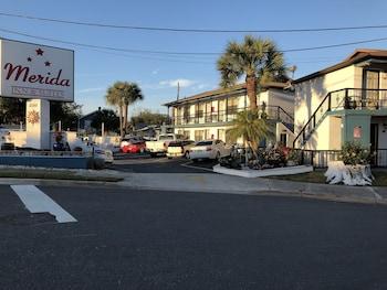 美利達旅館及套房飯店 Merida Inn and Suites