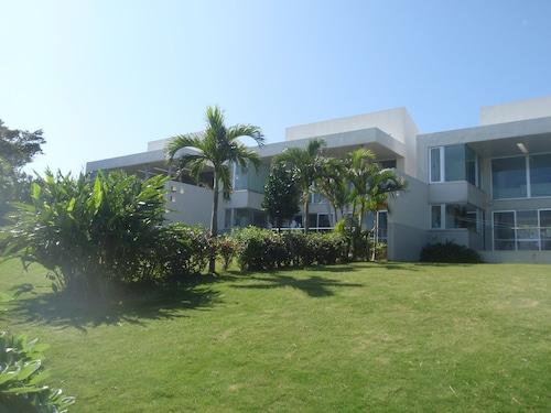 The Green Terrace, Miyakojima