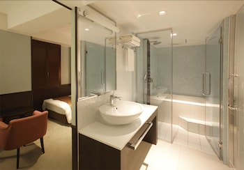 HIBIYA CITY HOTEL Bathroom