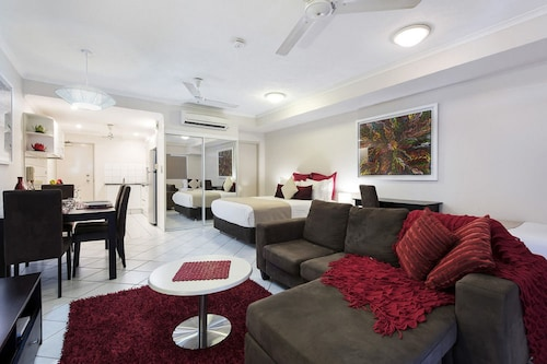 Darwin Executive Studio & FREE CAR, City - Inner