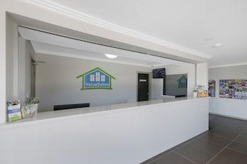 Reception at Valuesuites Penrith in Emu Plains