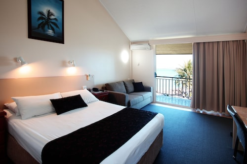 Whitsunday Sands Resort, Bowen