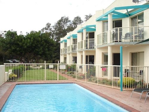 . Bayview Apartments Merimbula